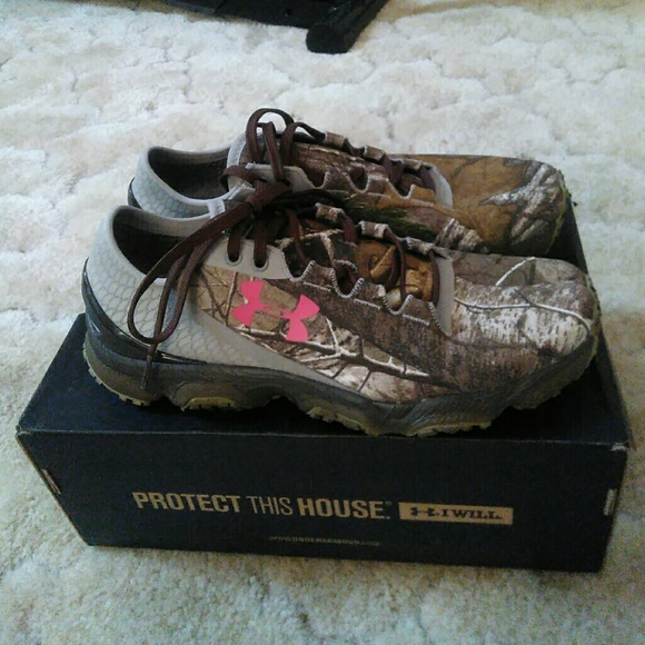 womens camo under armour shoes Online